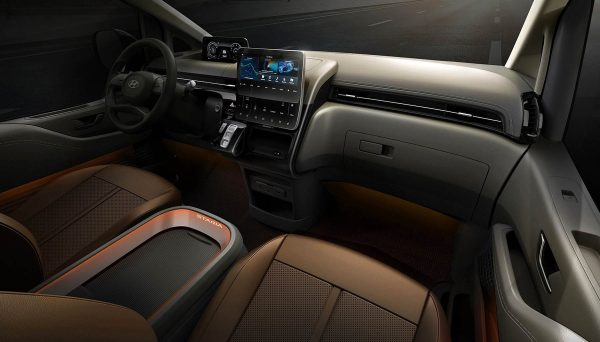 Hyundai Staria 2022 1600 07