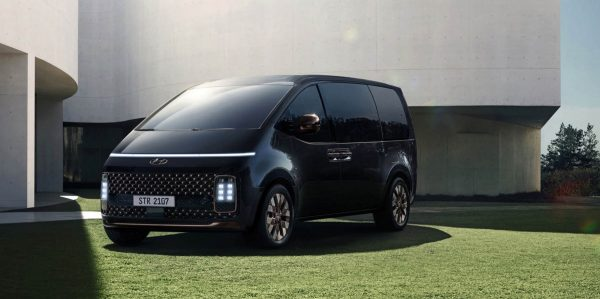 Hyundai Staria 6